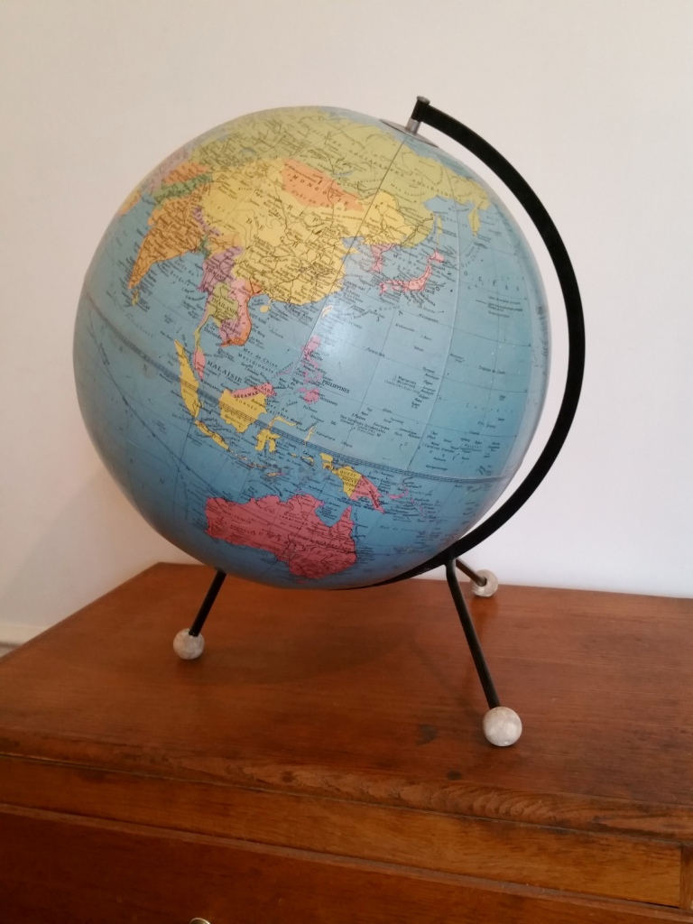 1 globe taride 1
