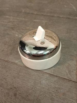 Interrupteur chromé