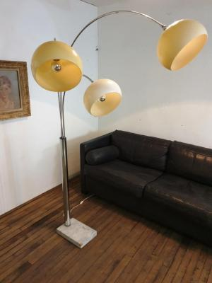 1 lampadaire arc muguet chrome 70 s