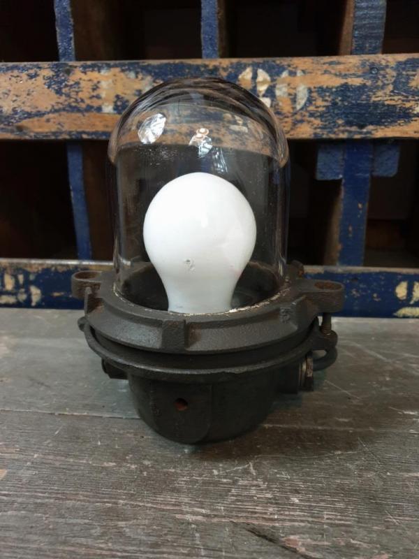 1 lampe de coursive