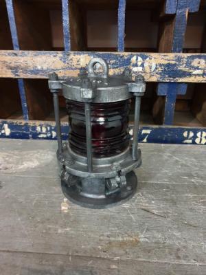 1 lampe de pont babord fanal