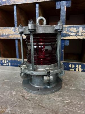 1 lampe de pont de peniche