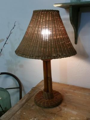 1 lampe en osier