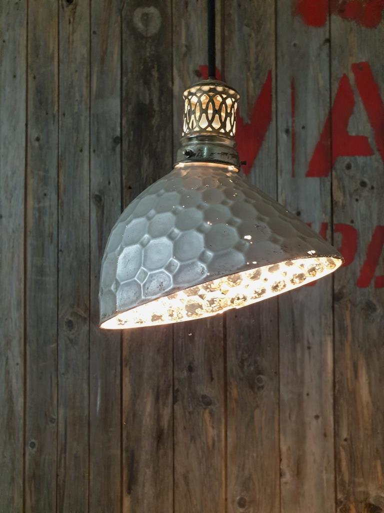 1 lampe holophane verre mercurise