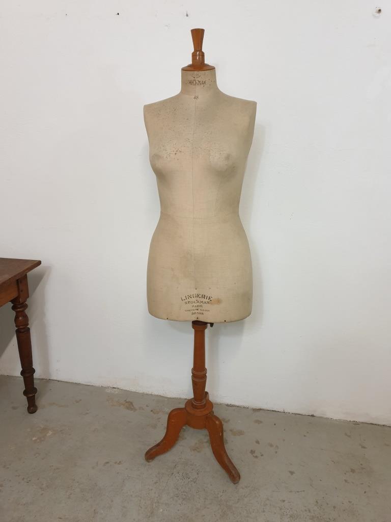 1 mannequin stockman 1