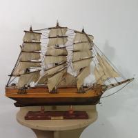 1 maquette de bateau 3 mats