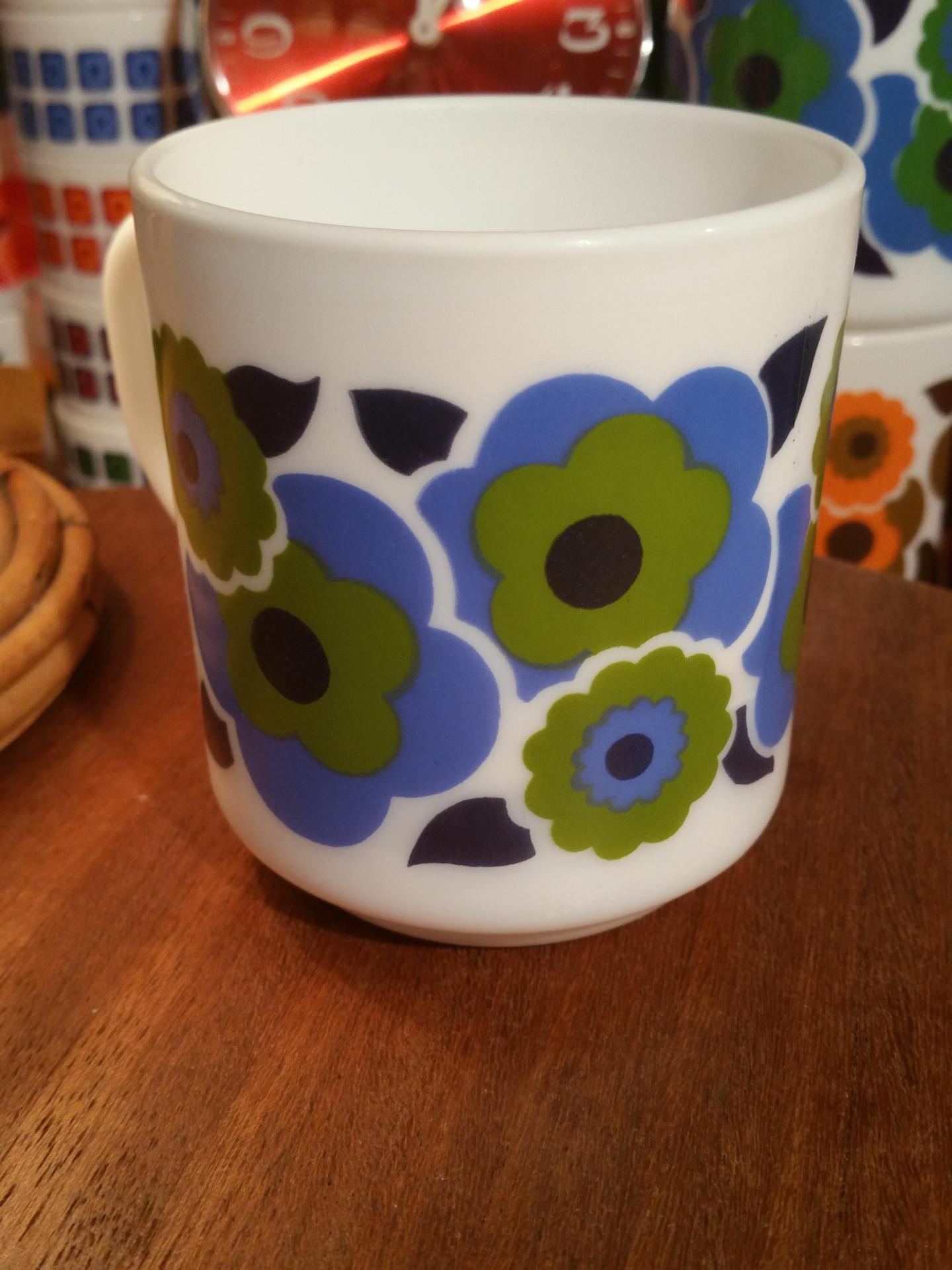 1 mug lotus blleu