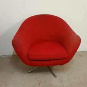 1 paire de fauteuils rouges