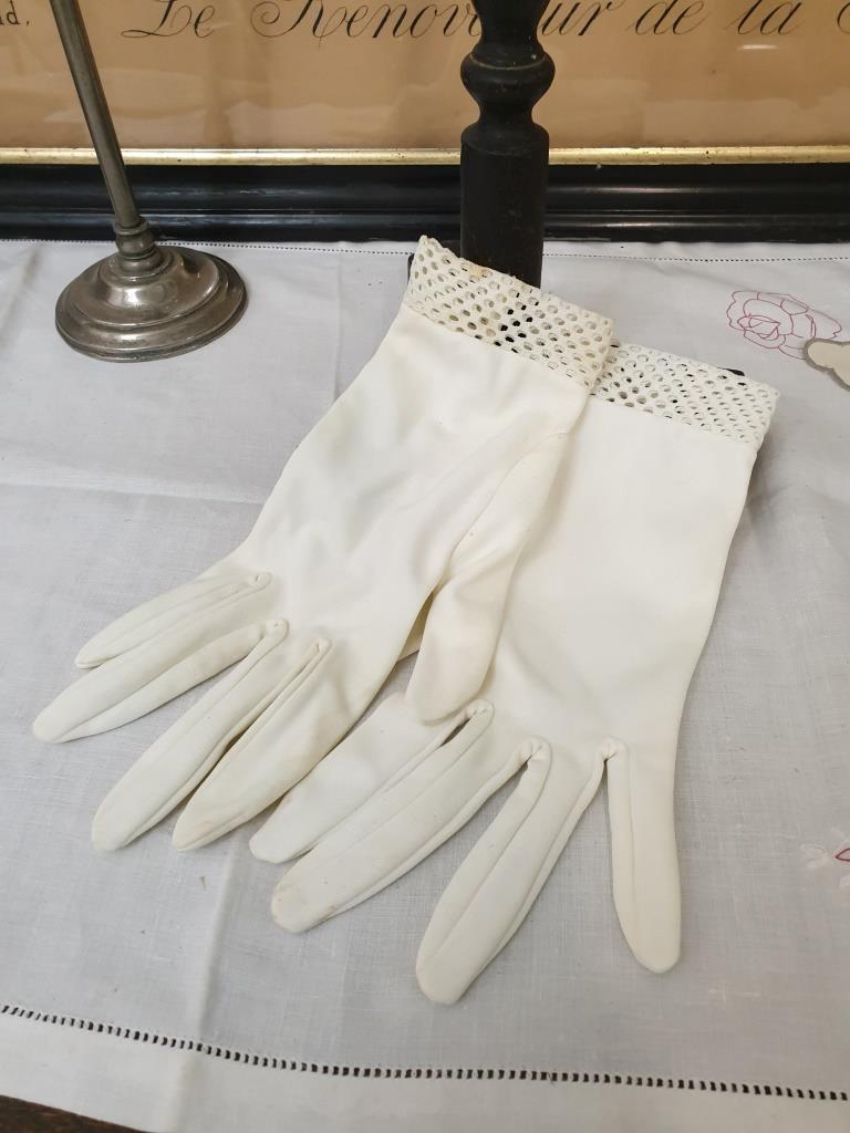 1 paire de gants de femmes 3