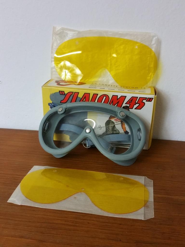 1 paire de lunettes de ski moto a