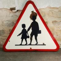 1 panneau signalisation attention ecole