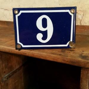 1 plaque de rue n 9