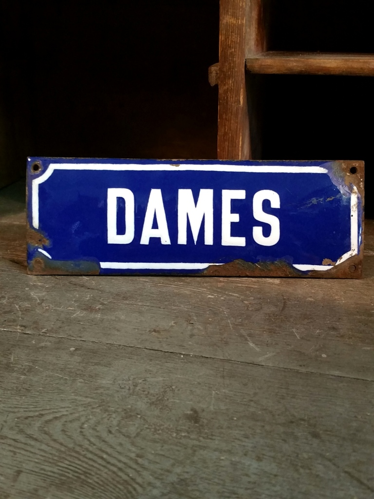 1 plaque emaillee dames