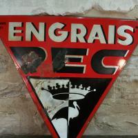 1 plaque emaillee pec