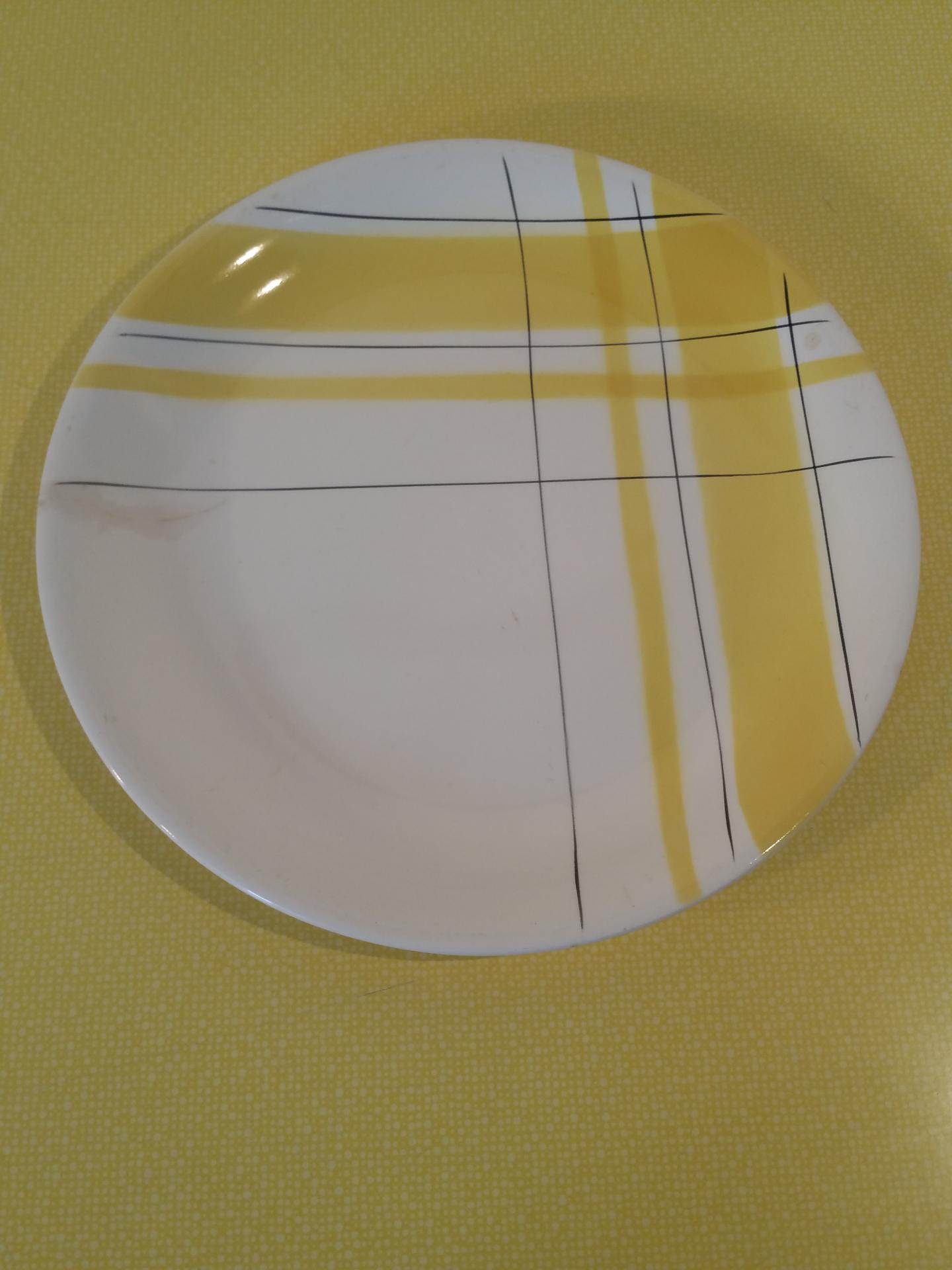 1 plat salin montreal jaune