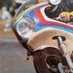 1 poster moto