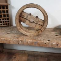 1 poulie en bois largeur 12