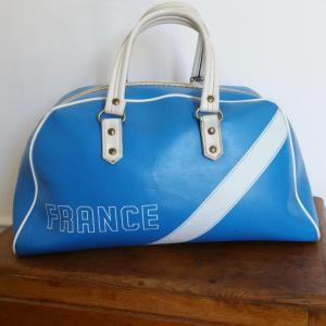 1 sac de sport bleu