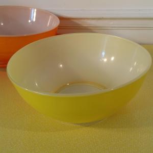 1 saladier duralex jaune