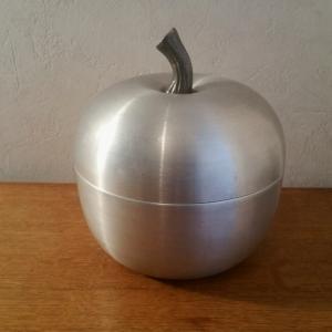 1 seau a glace pomme