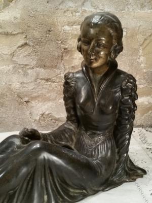 Statue Femme Art Déco