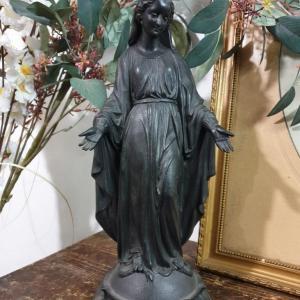 1 statue ste vierge