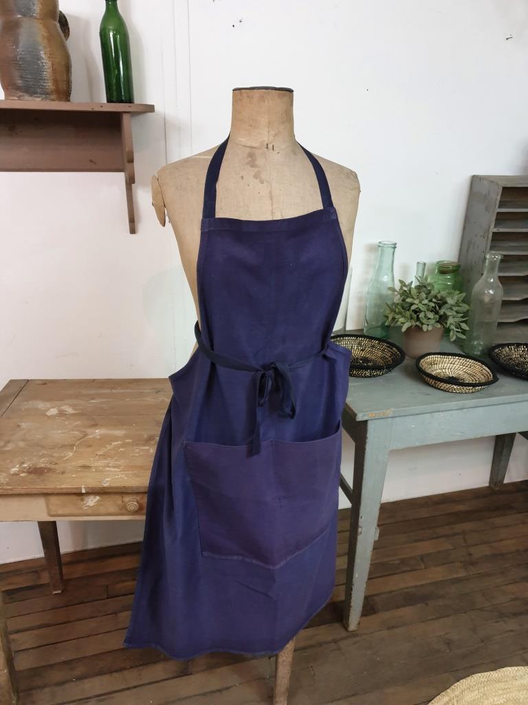 1 tablier bleu