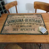 1 tapis de cartes quinquina bertrand