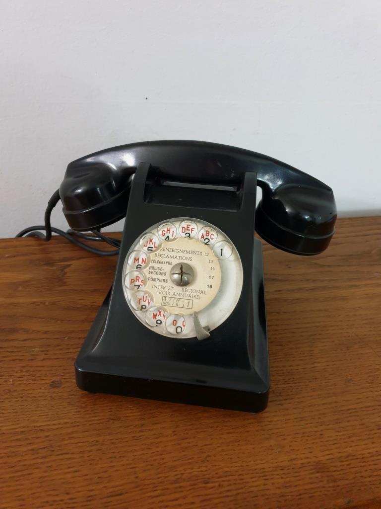 1 telephone noir bakelite 1