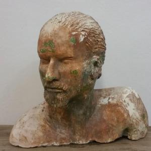 1 tete d homme sculpture