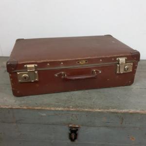 1 valise marron 3