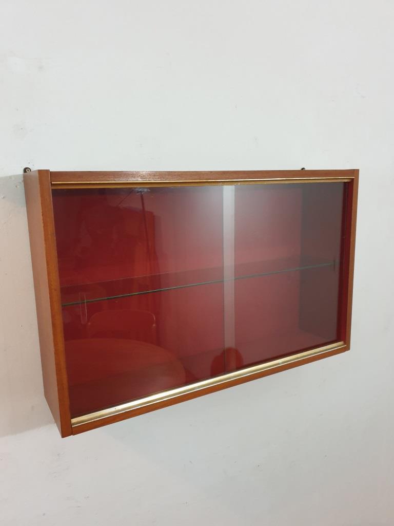 1 vitrine murale 1