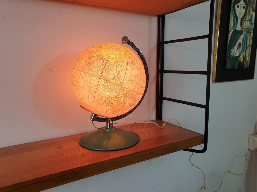 10 globe terrestre lumineux perrina 1