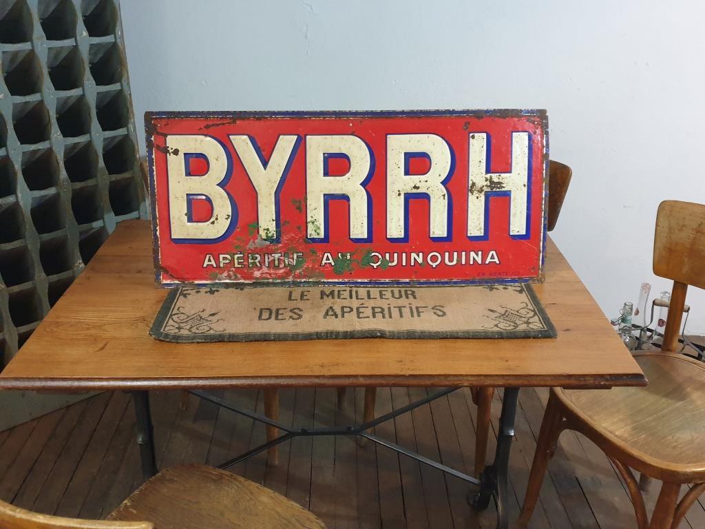 11 plaque byrrh