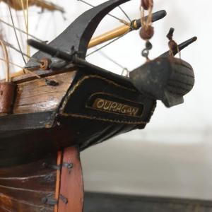 12 bateau vieux grement voilier l ouragan