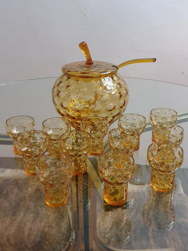 12 service a cocktail