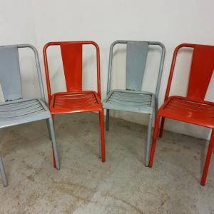 12 table et chaises tolix de bistrot