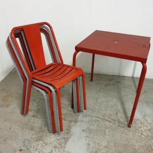 14 table et chaises tolix de bistrot