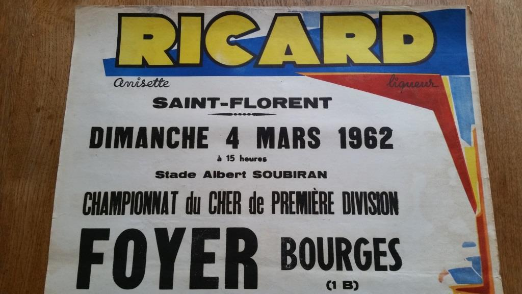 2 affiche de foot ricard foyer