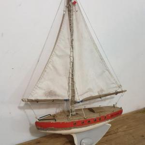 2 bateau de bassin