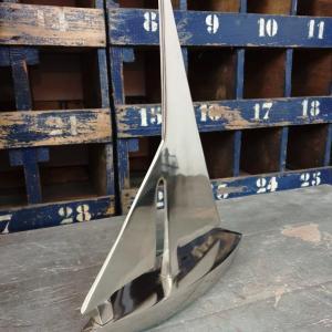 2 bateau en metal