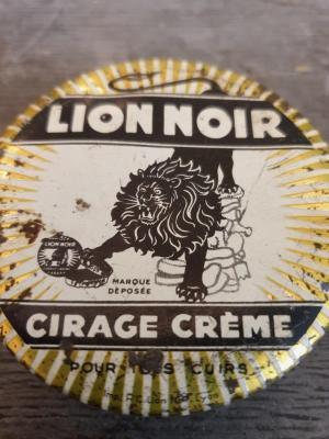 Boite de cirage Lion Noir