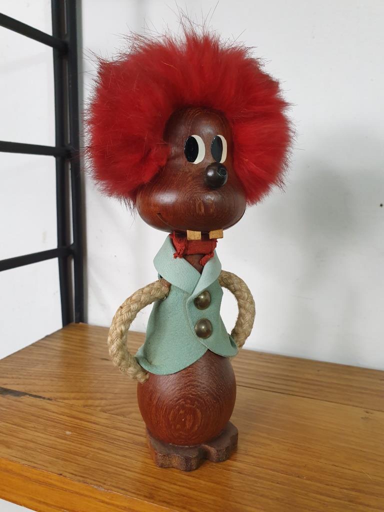 2 bonhomme aux cheveux rouges