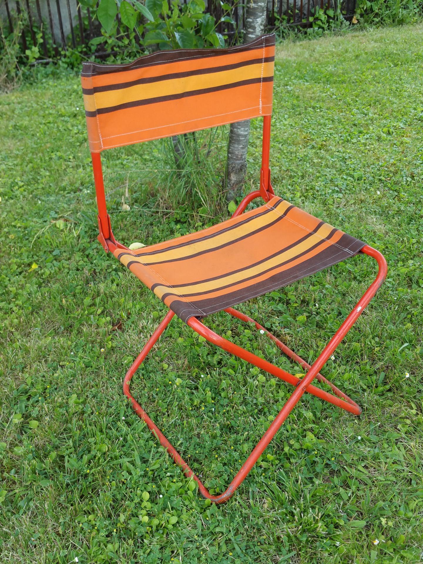 1 Chaise Pliante Orange 2