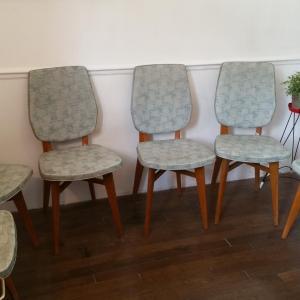 2 chaises vertes 60 s