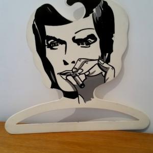 2 cintre milano homme cigarette
