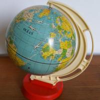 2 globe avions