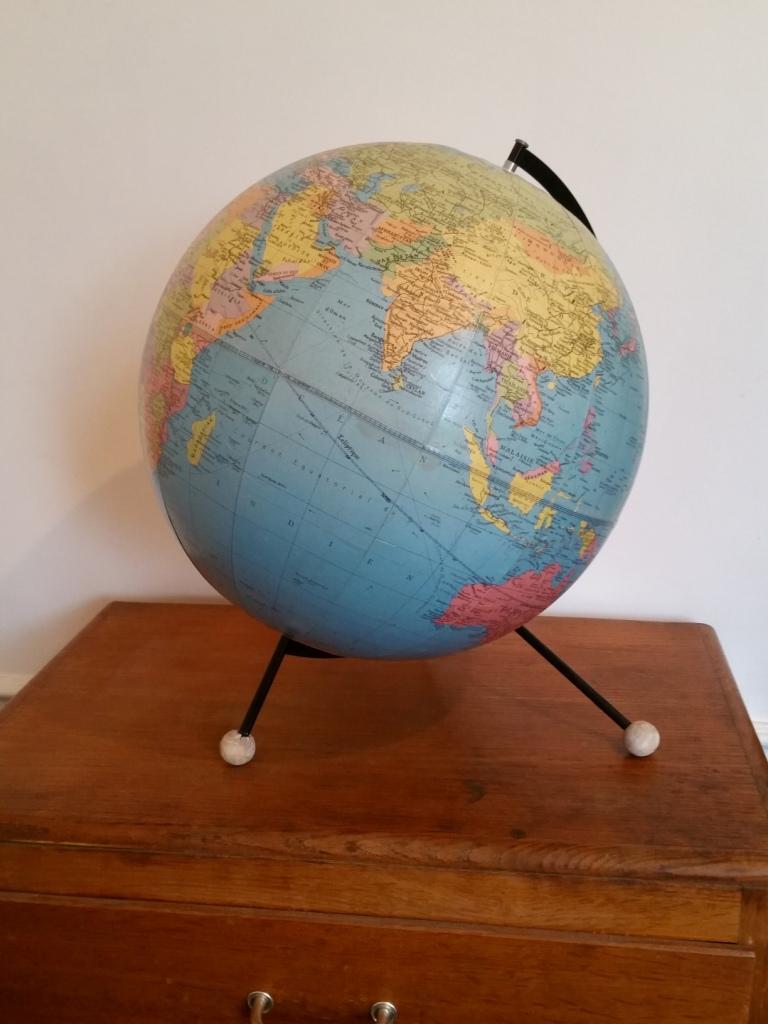 2 globe taride 1