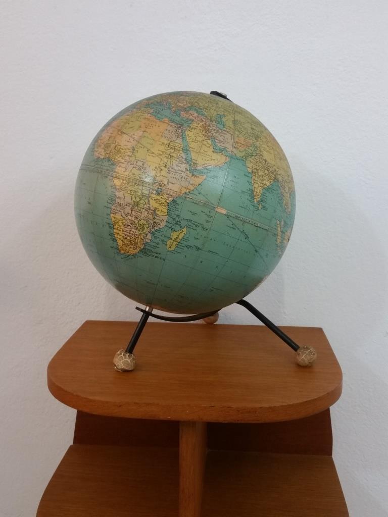 2 globe terrestre taride