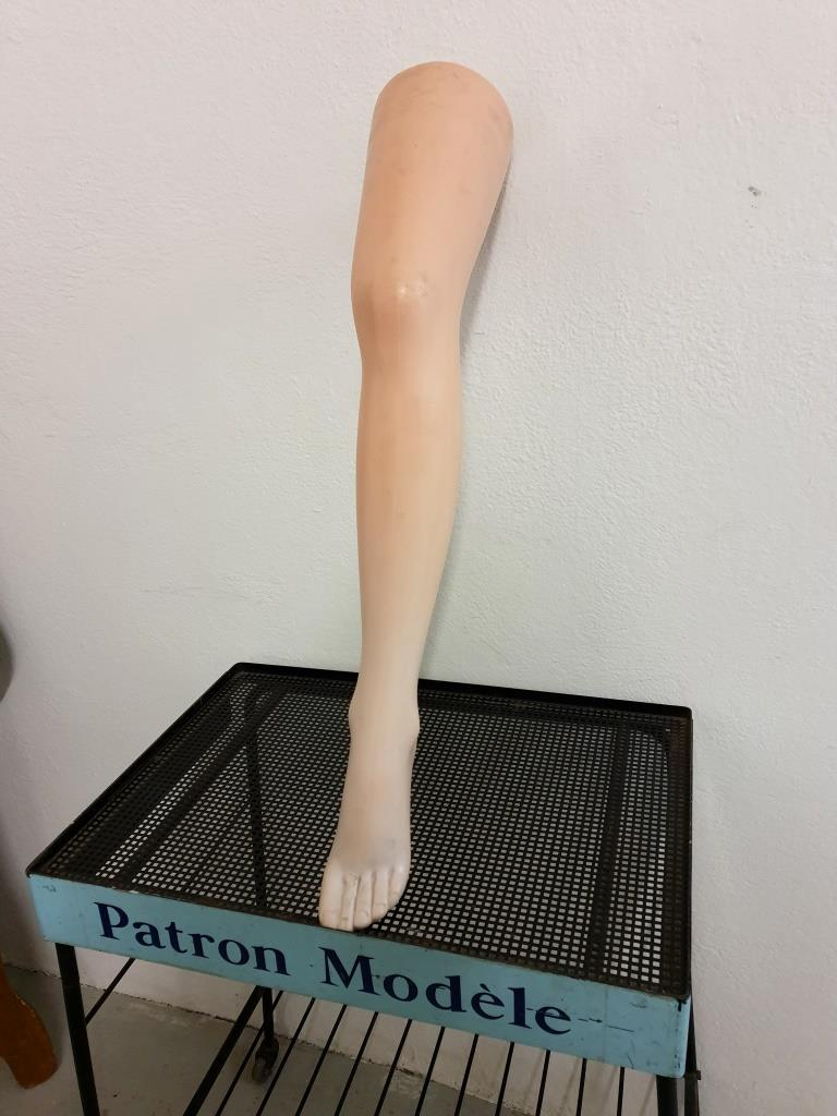 2 jambe presentoire bas